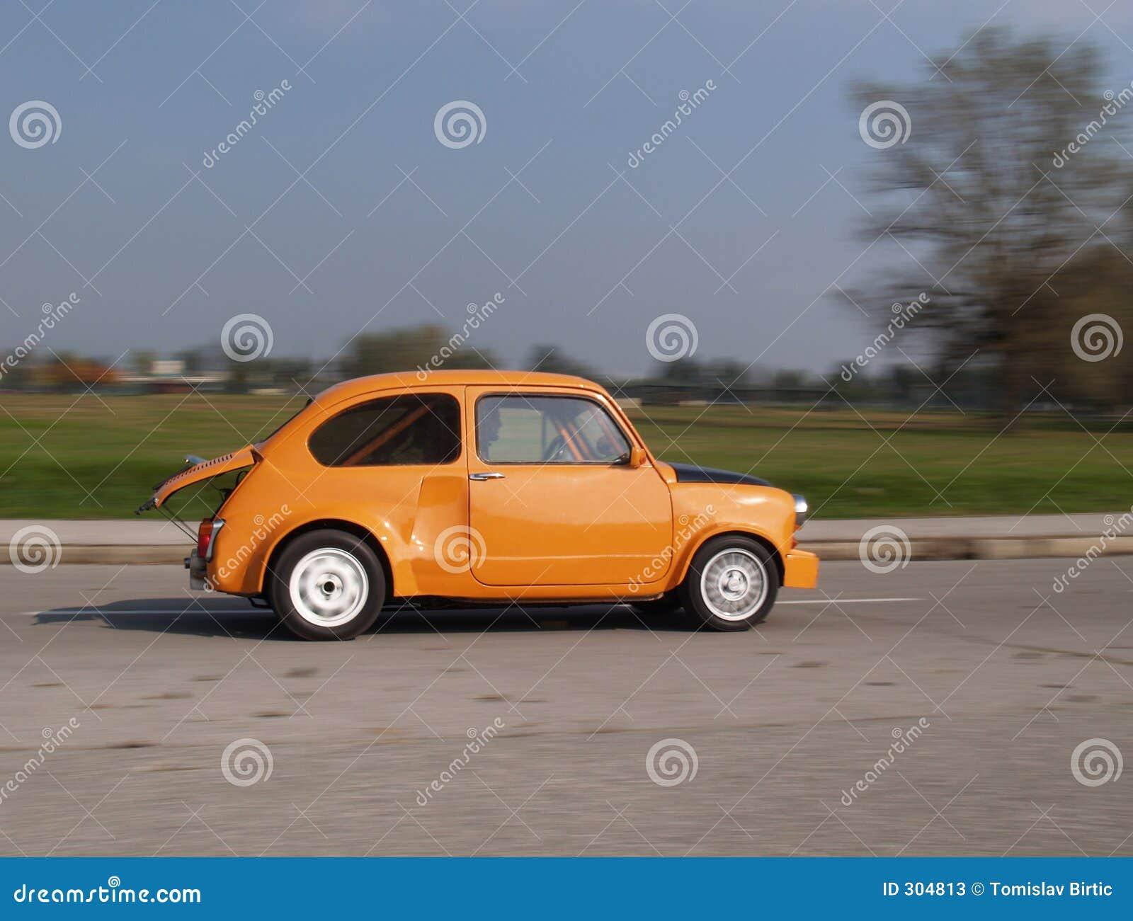 Duży samochód, mała