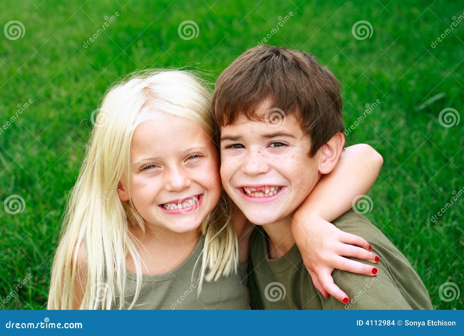 Duży uśmiech dzieci