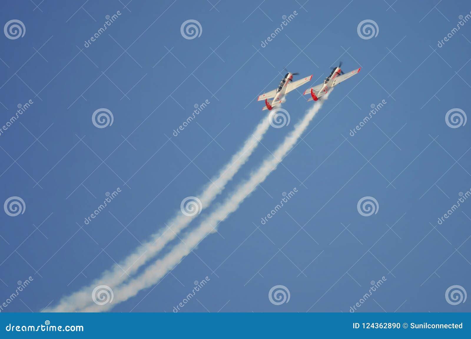 Dual flight formation
