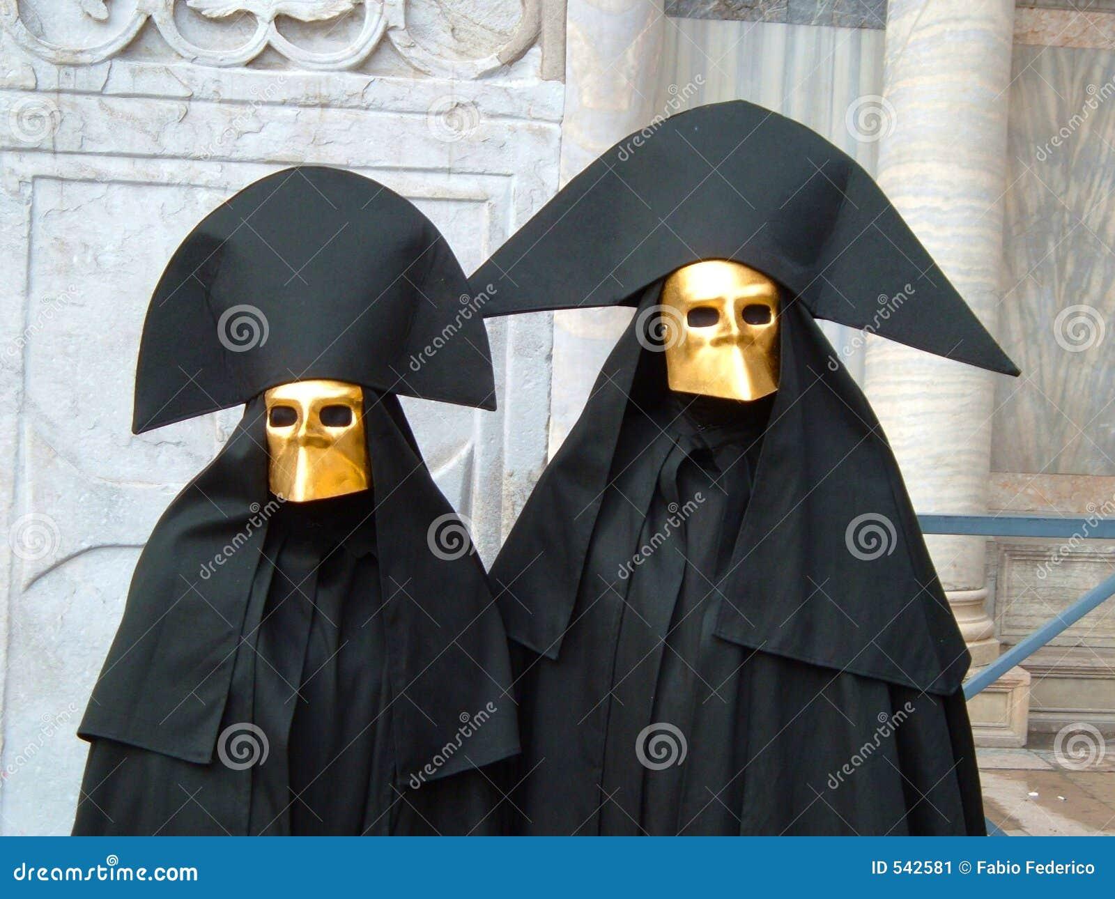 Duas máscaras típicas em Veneza