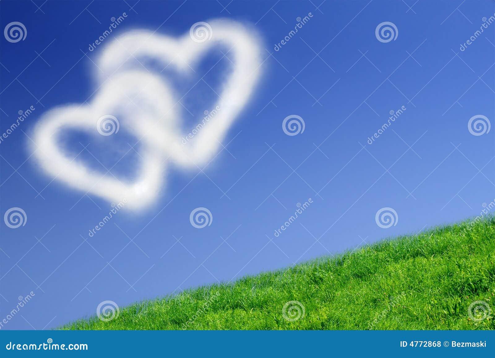 Duas nuvens heart-shaped