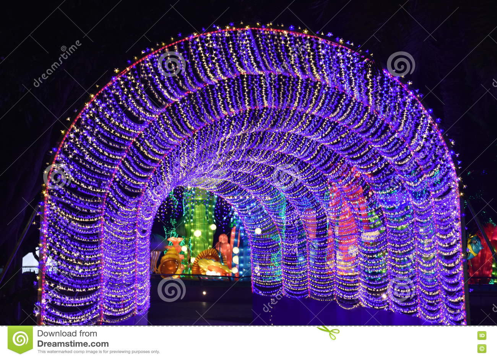 Dubai Garden Glow In Dubai Uae Editorial Photo Image Of Architecture Lights 82653511