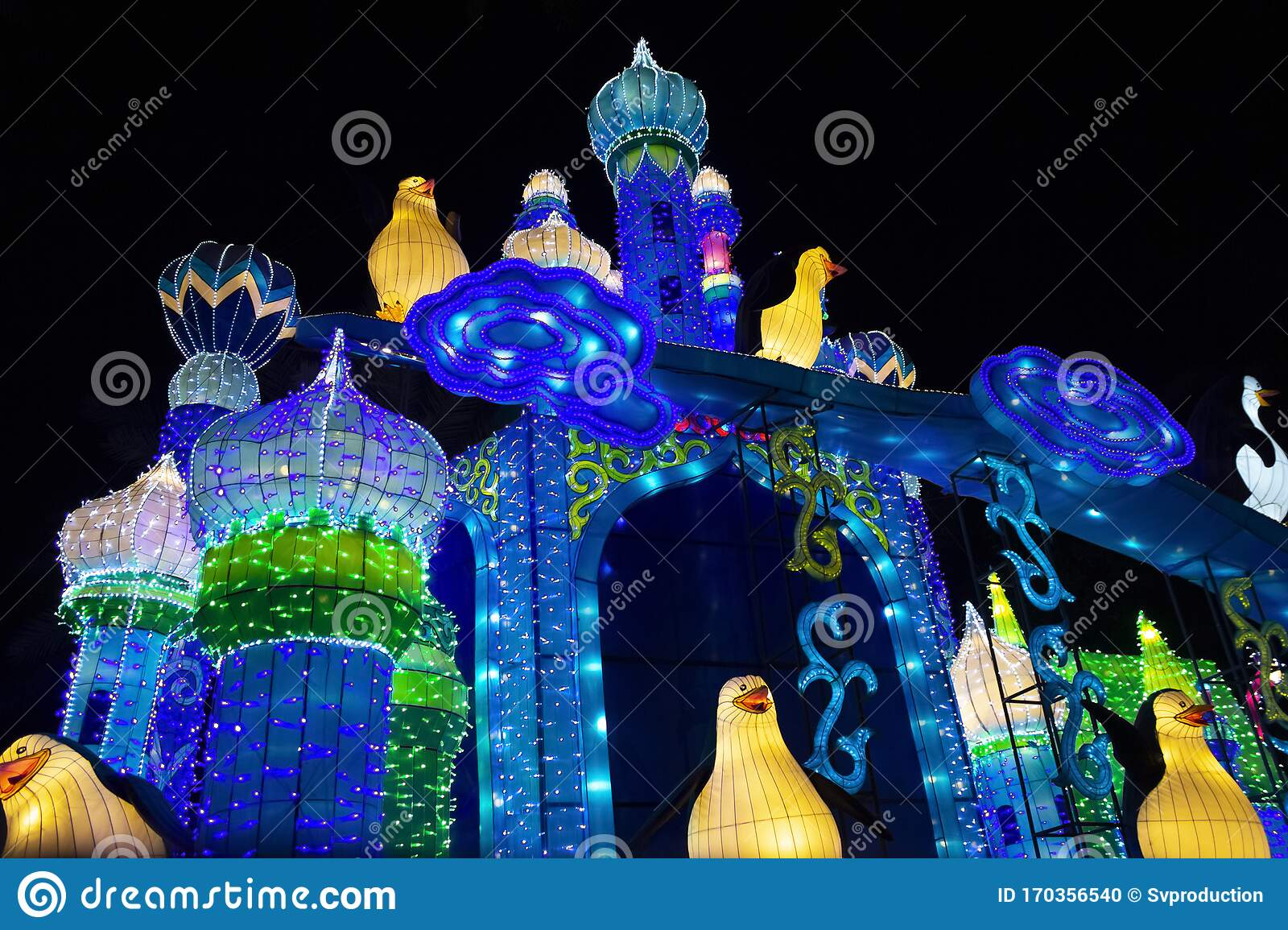 Dubai Garden Glow In Uae Editorial Image Image Of Arab 170356540