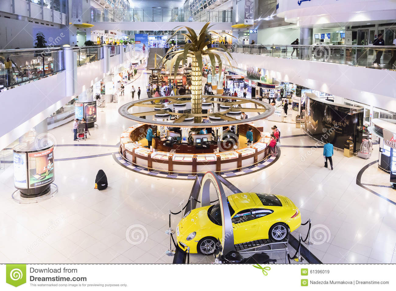 DUBAI INTERNATIONAL-LUCHTHAVEN 9 Maart 2015