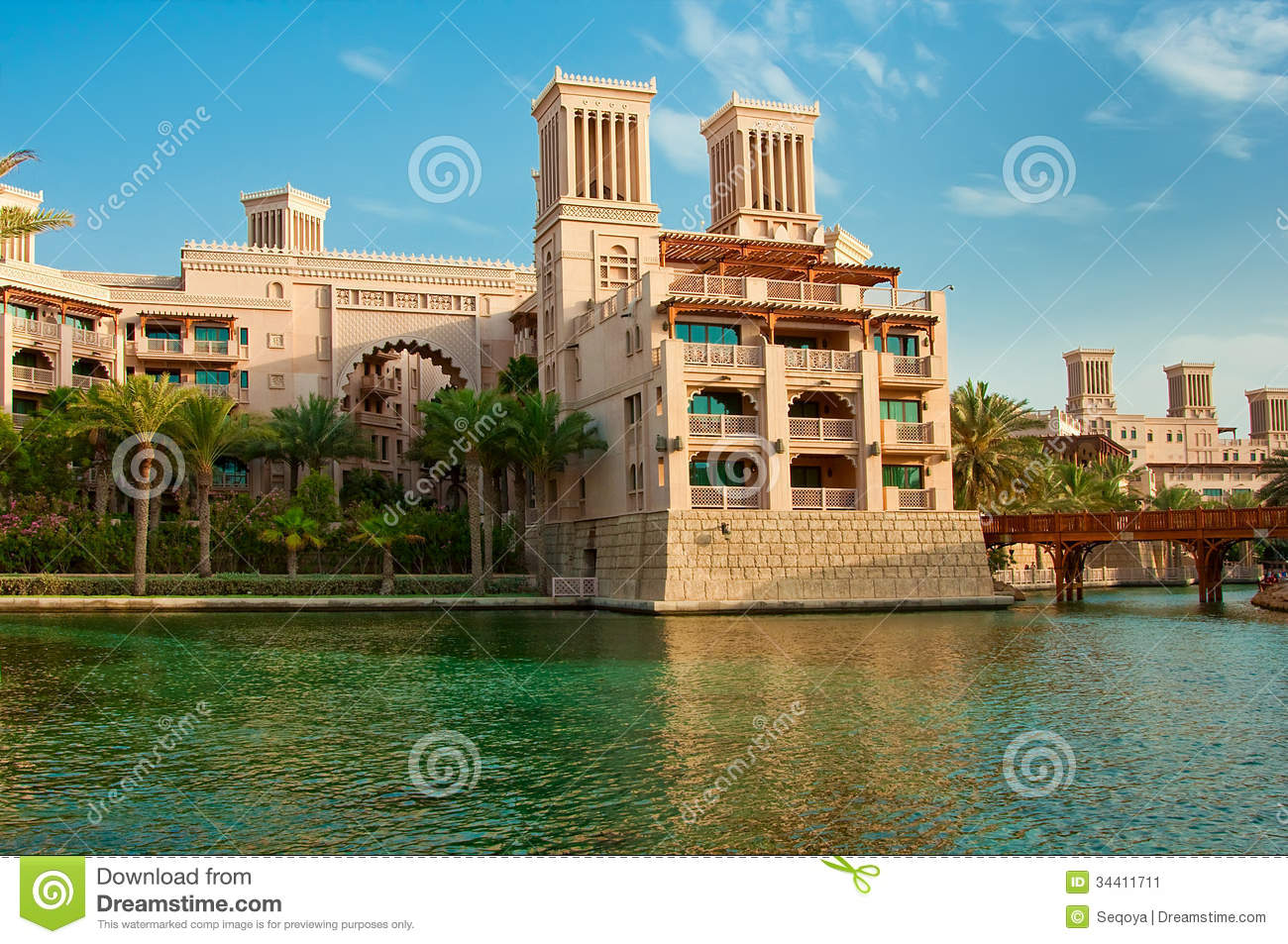 Dubai june 3 the famous hotel and tourist district of for Dubai famous hotel