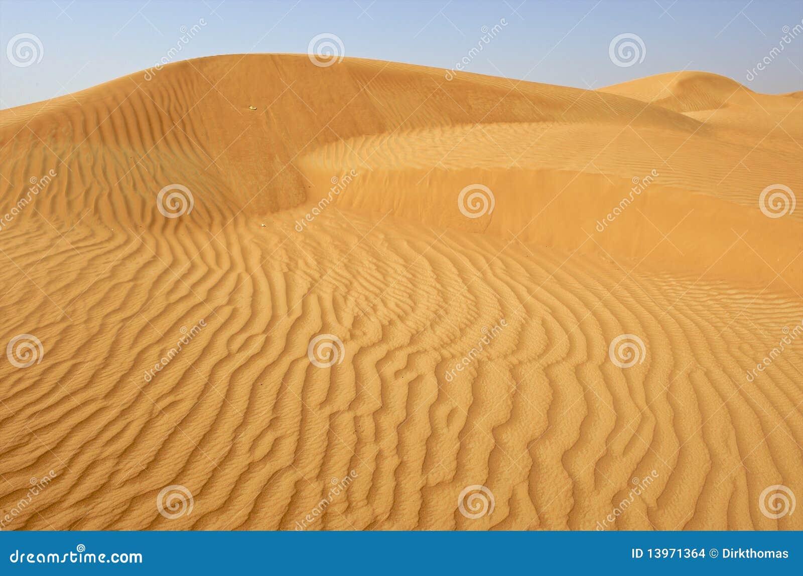 Dubai, sanddune in the desert