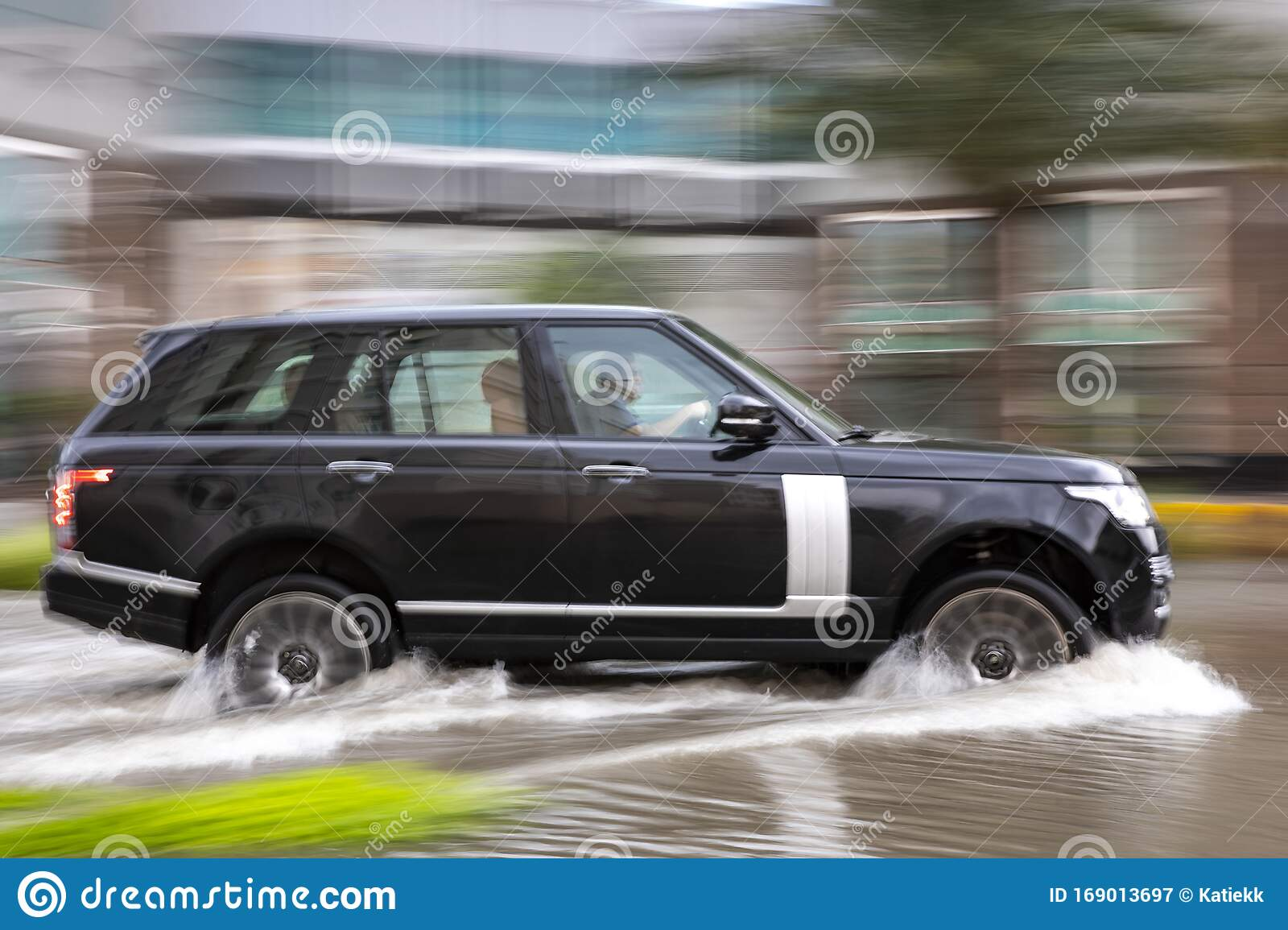 Car Driving In Flooded Dubai Street After A Heavy Downpour Editorial Photography Image Of Season Global 169013697