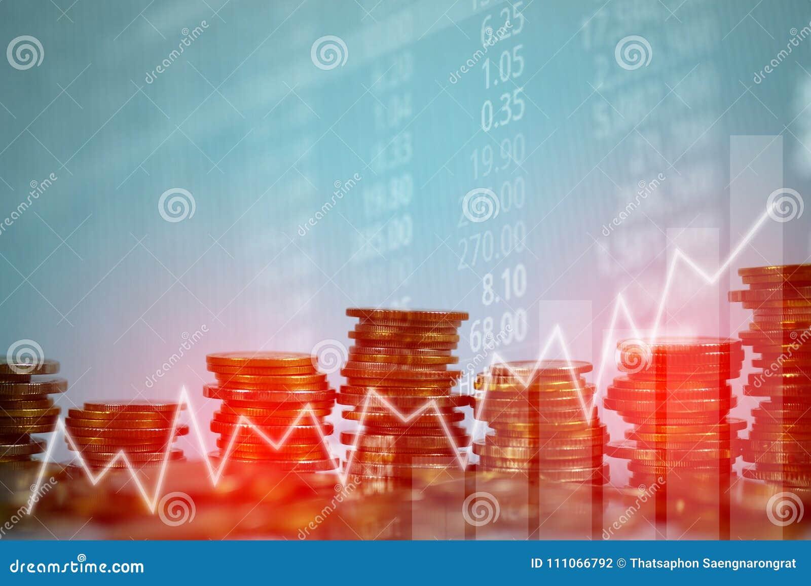Dubbel exponering av myntbunten med boaen för aktiemarknadskärmdiagram
