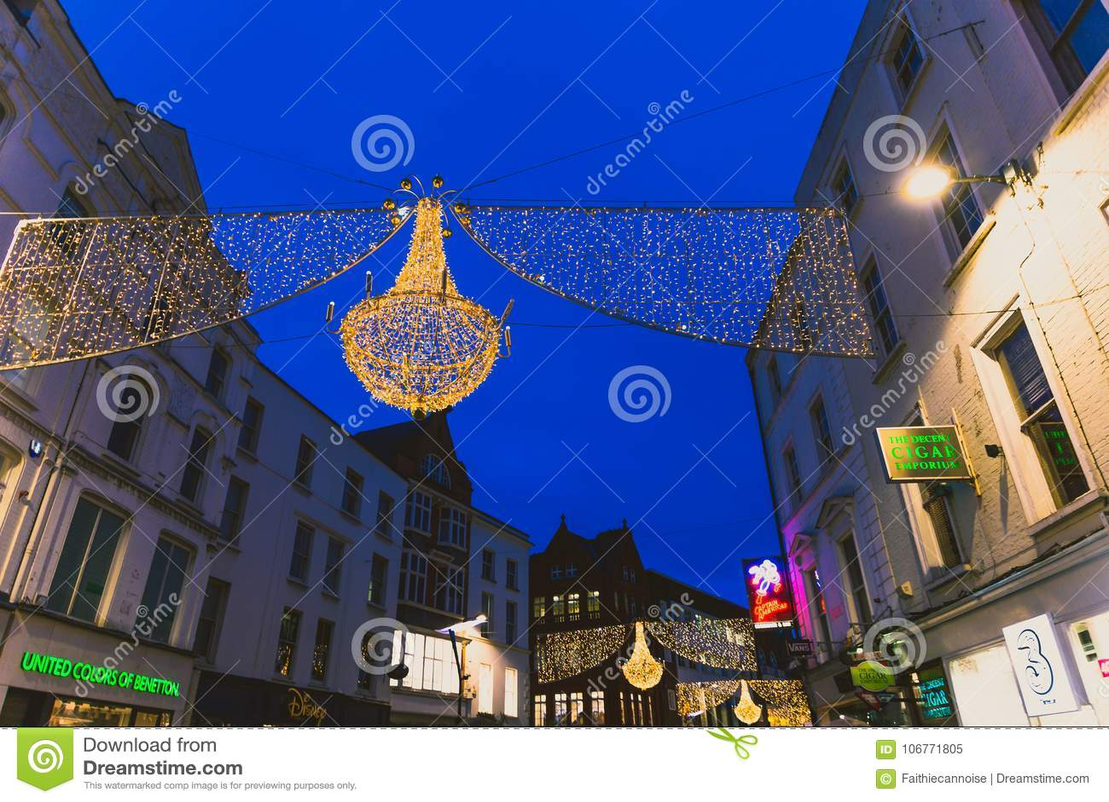 f68e6ffffa Christmas Lights Adorning The Famous Shopping Area Of Grafton St ...