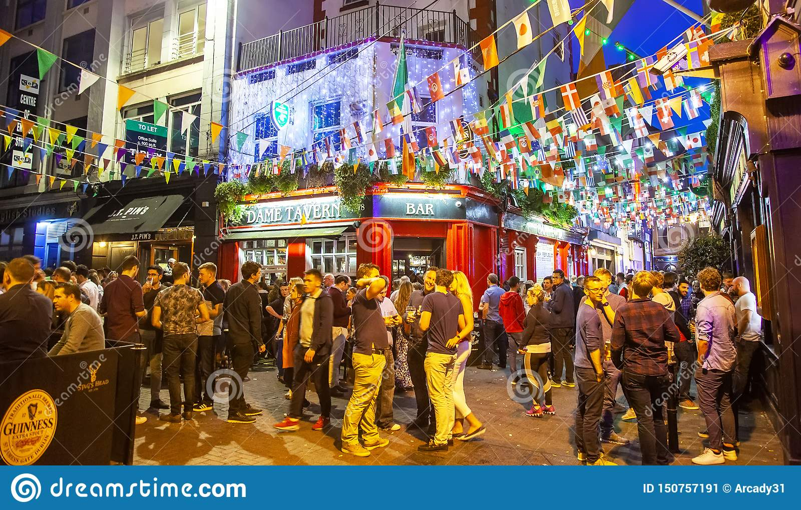 Nightlife In Dublin, Temple Bar Editorial Photo - Image of