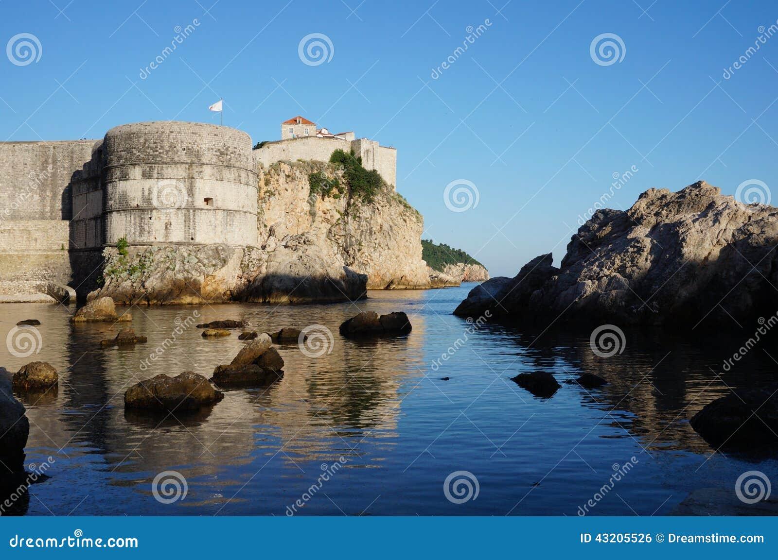 Download Dubrovnik arkivfoto. Bild av väggar, gammalt, från, dubrovnik - 43205526