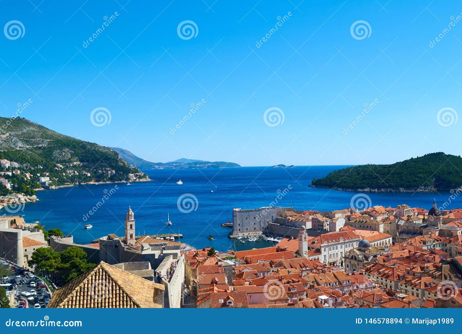 Dubrovnik gammal stadpanorama, Kroatien