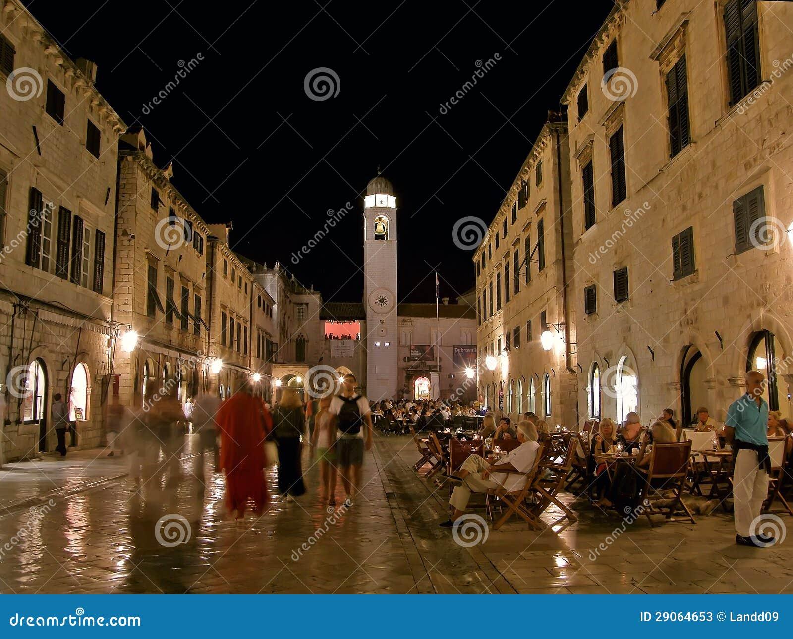 Dubrovnik por la noche (Stradun) 1