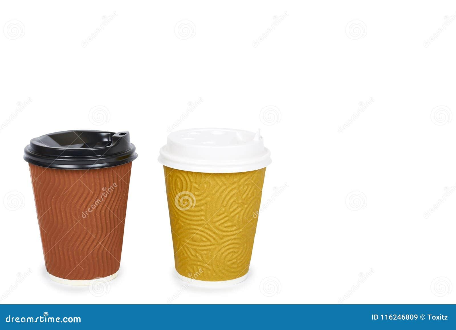 Due eliminano il caffè in termo tazza Isolato su una priorità bassa bianca Contenitore eliminabile, bevanda calda copi lo spazio,