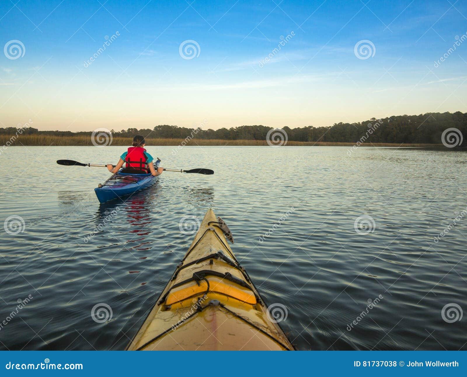 Due genti che Kayaking