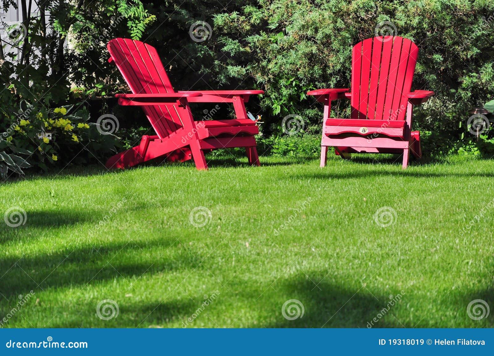 Due presidenze di prato inglese immagine stock immagine for Mobilia in inglese