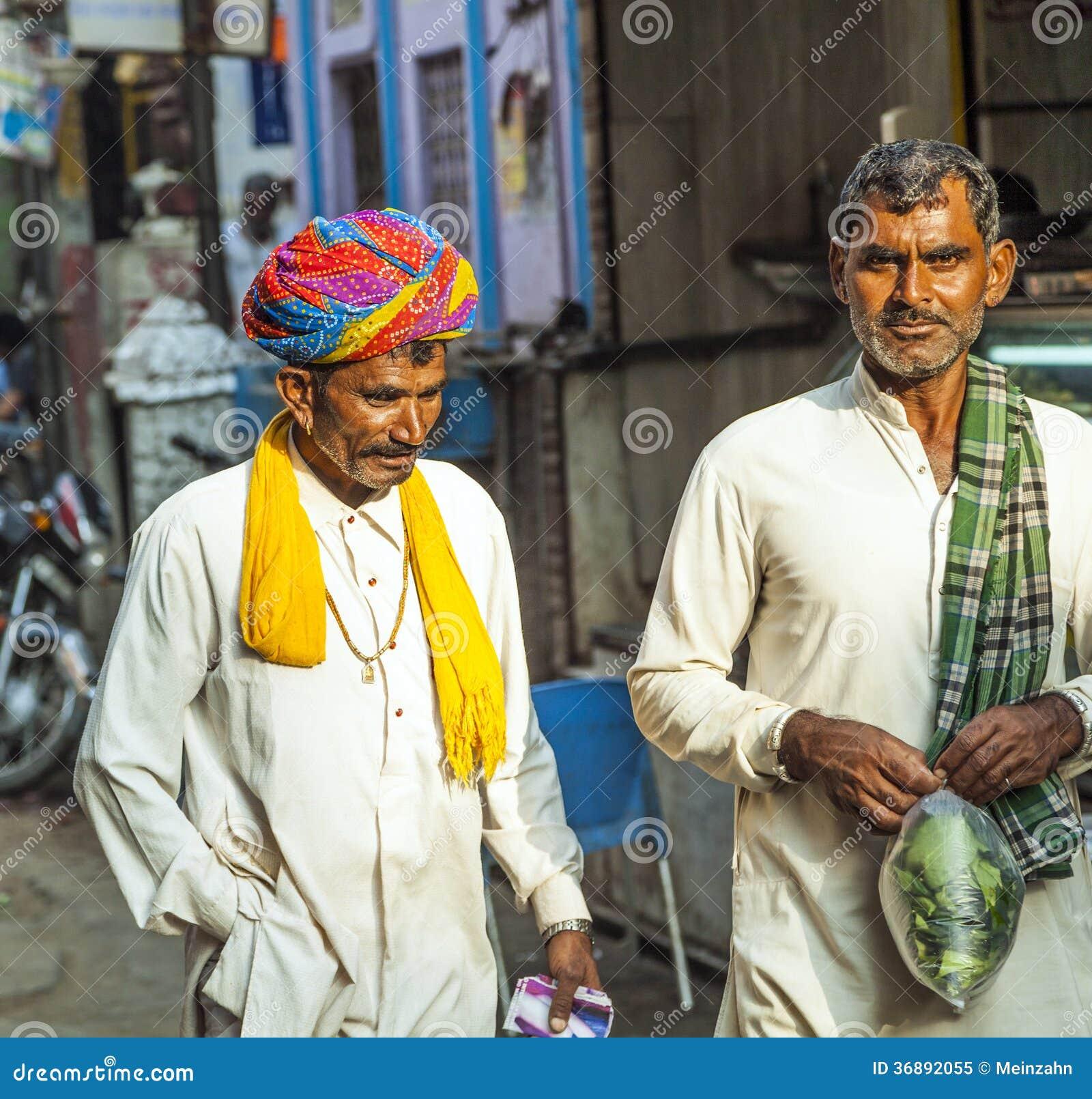 Download Due Uomini Qualunque Di Pushkar, Ragiastan, India Immagine Editoriale - Immagine di verde, alimento: 36892055