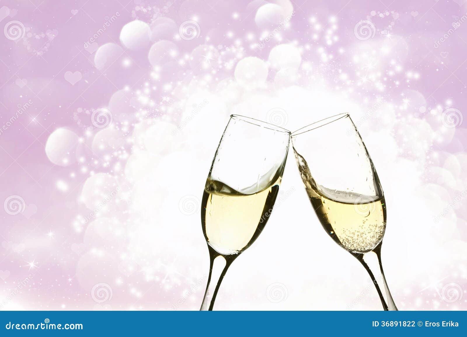Download Due Vetri Di Champagne Sul Fondo Del Brillante Fotografia Stock - Immagine di glamorous, felice: 36891822