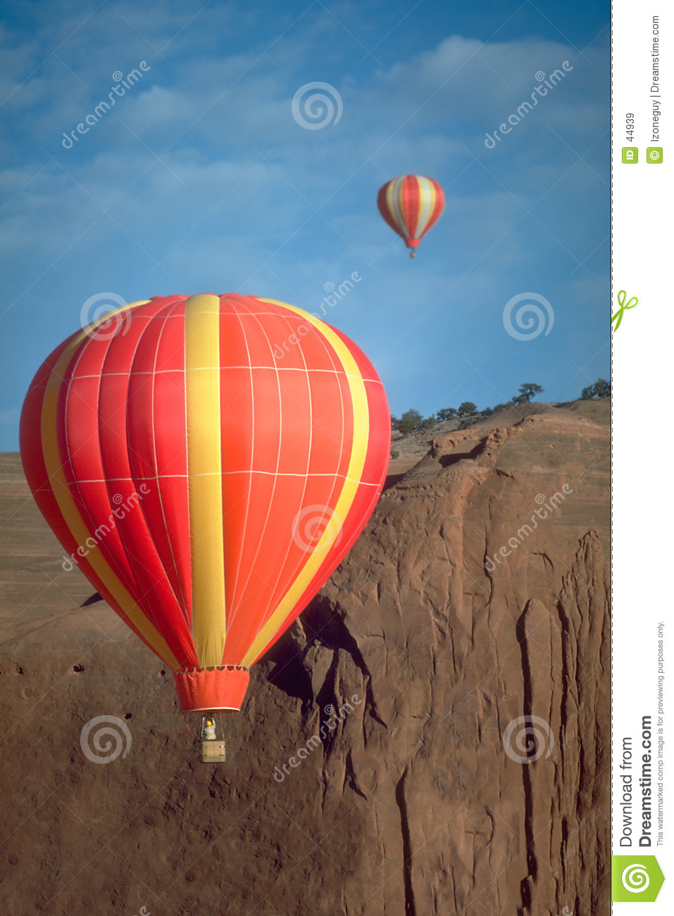 Dueling Balloons