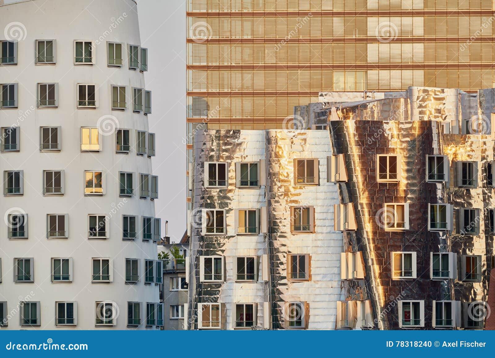 Duesseldorf germania 14 settembre 2016 le facciate for Facciate moderne