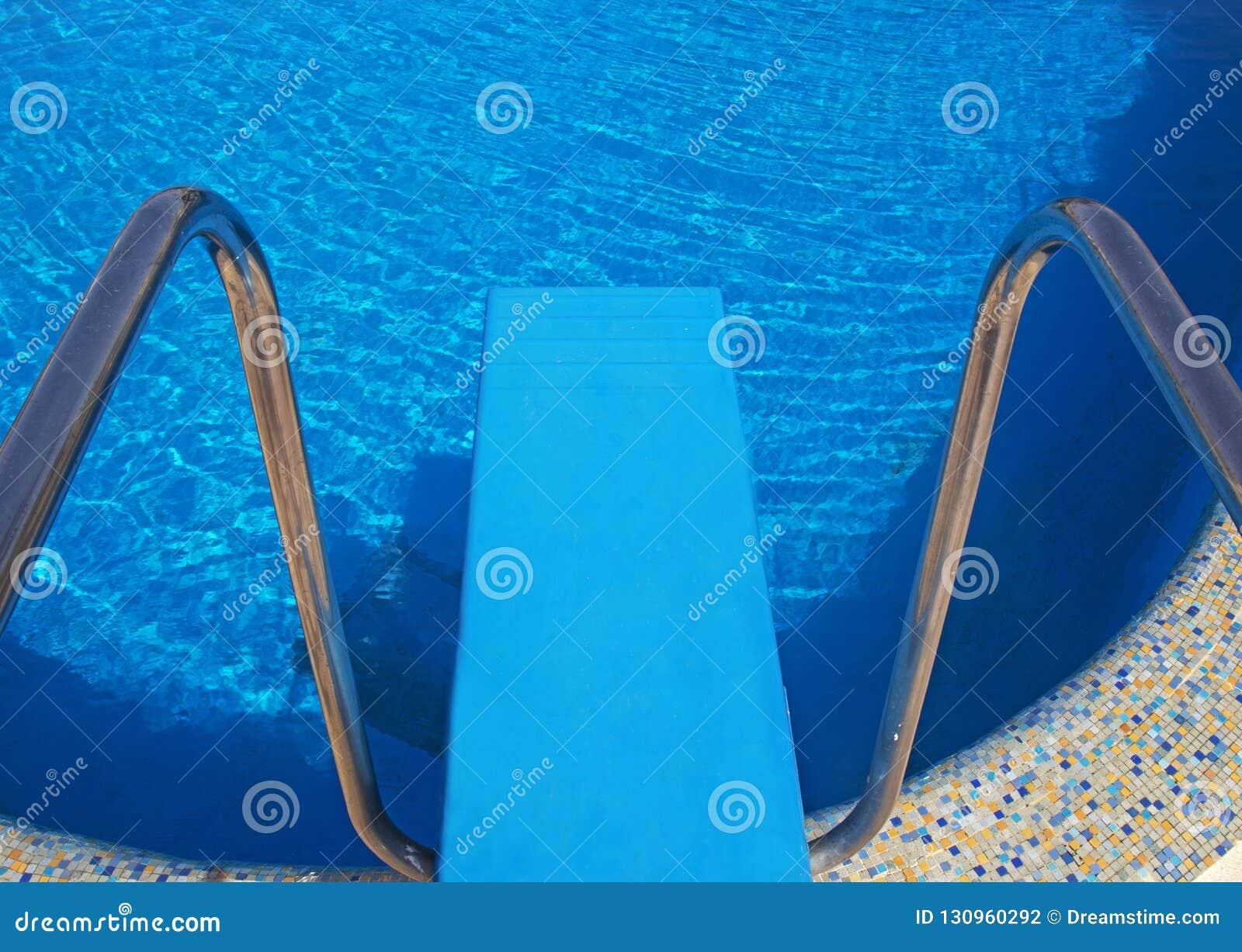 Zwembad hook up