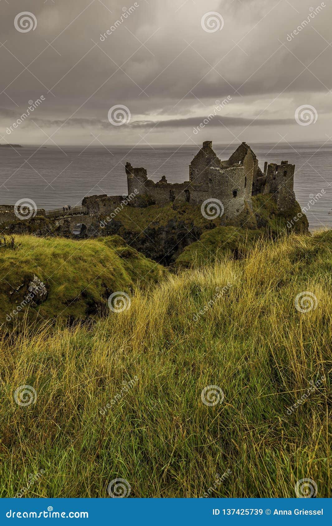 Dunluce城堡在北爱尔兰