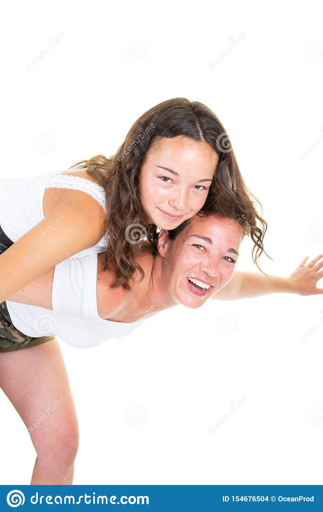 Duo di amore di divertimento della figlia dell adolescente e della madre