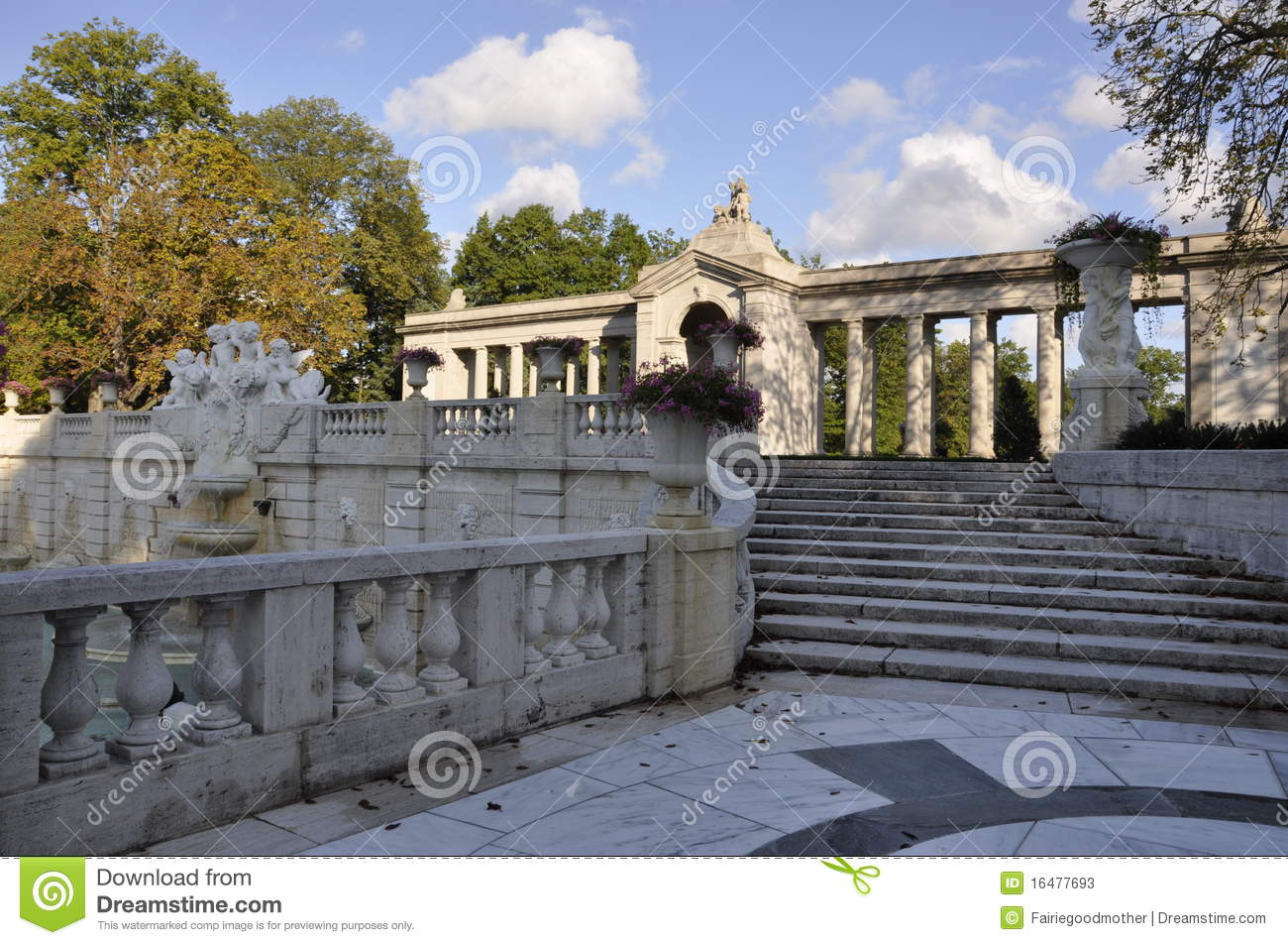 Dupont mansion and gardens stock photos image 16477693 for Dupont house