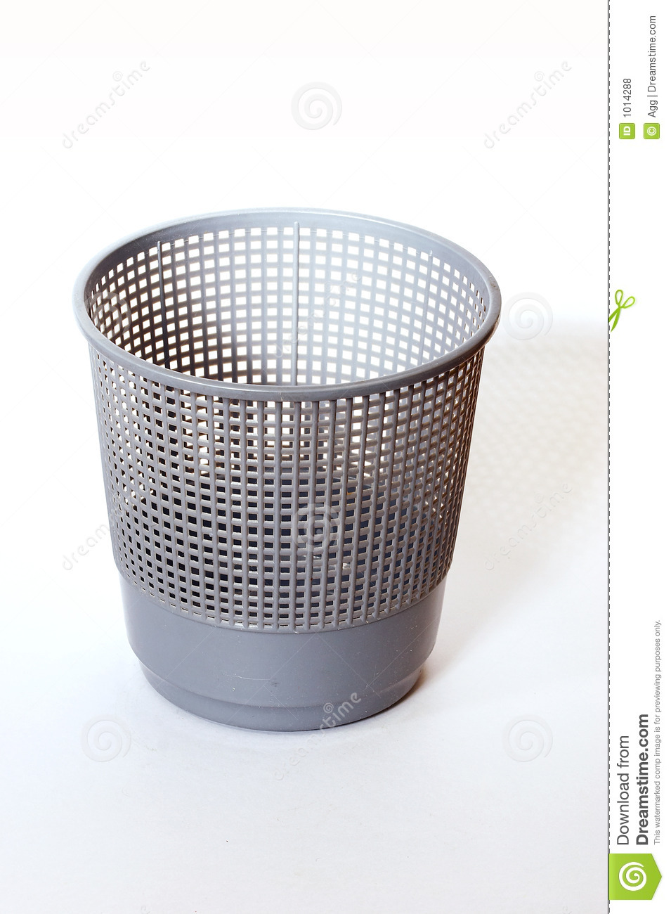 Dustbin Royalty Free Stock Photos - Image: 1014288