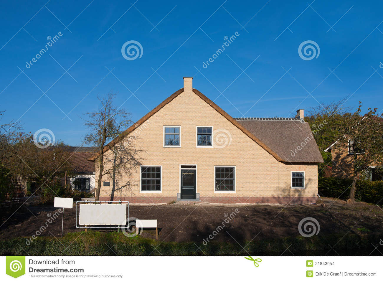 Dutch farm house stock images image 21843054 for Farm house netherlands