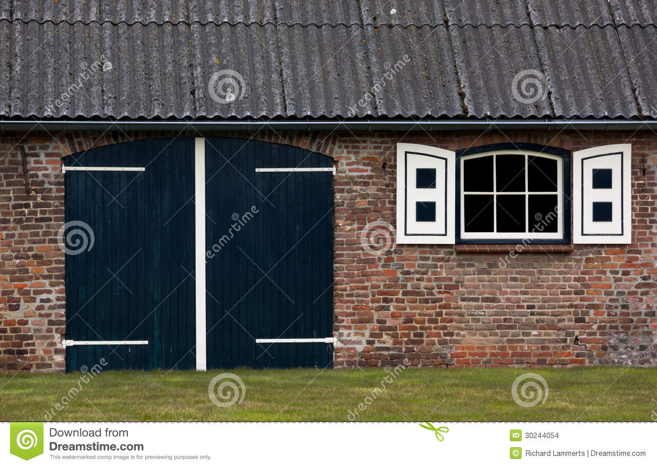 Dutch farmhouse stock images image 30244054 for Farm house netherlands