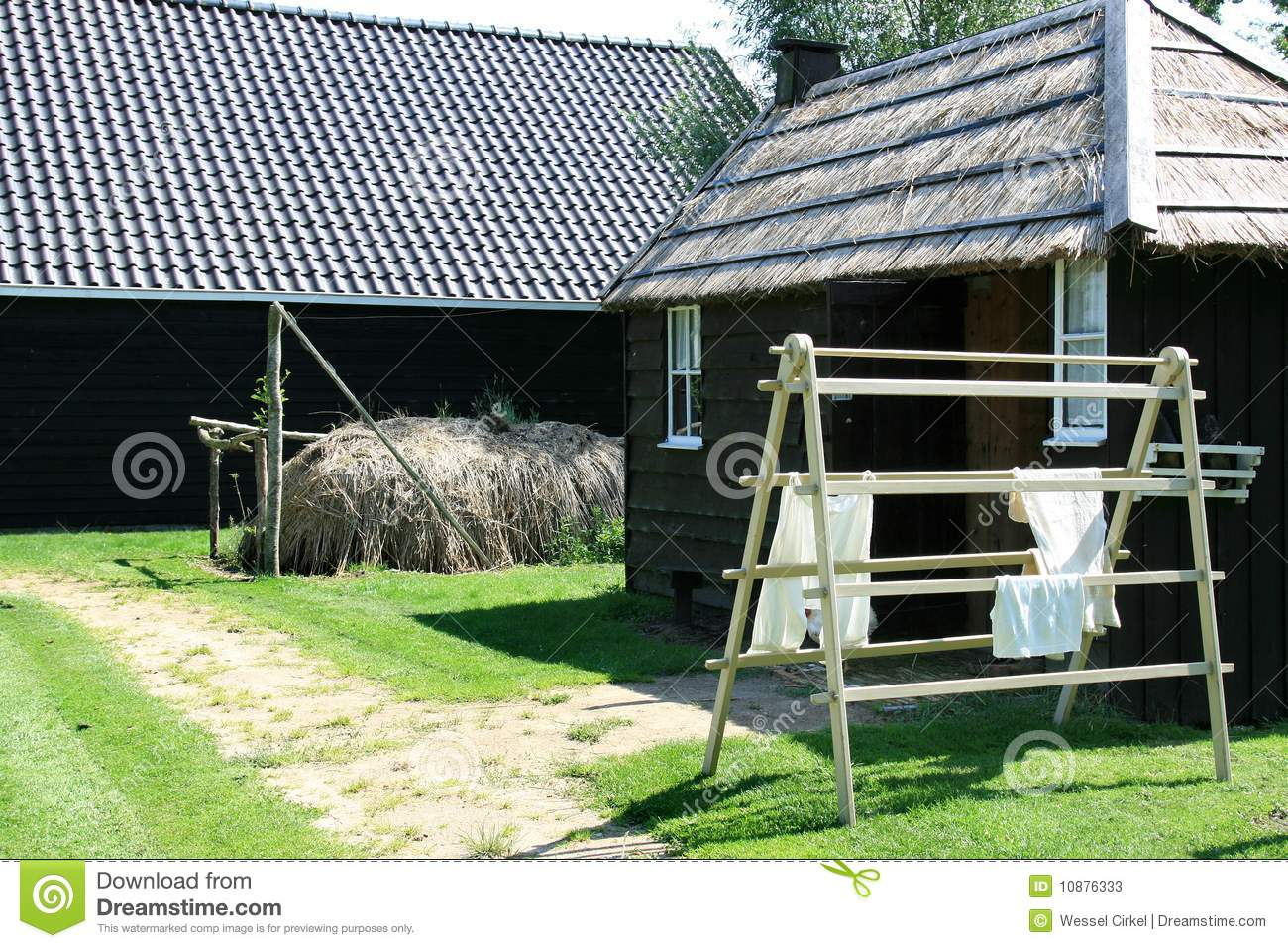Dutch Thatched Barn And Drying Laundry Stock Image Image Of