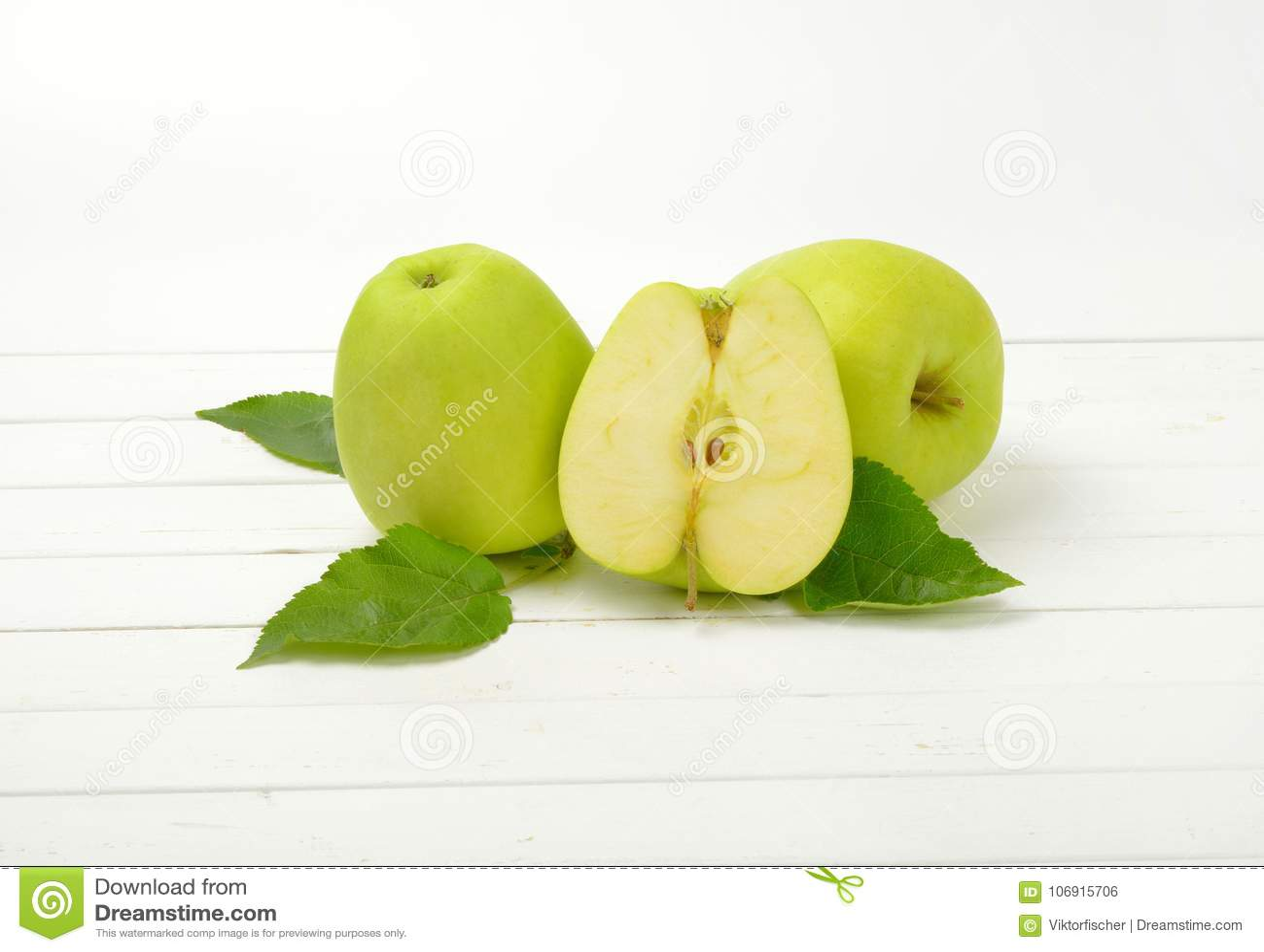 Dwa i pół zielenieją jabłka