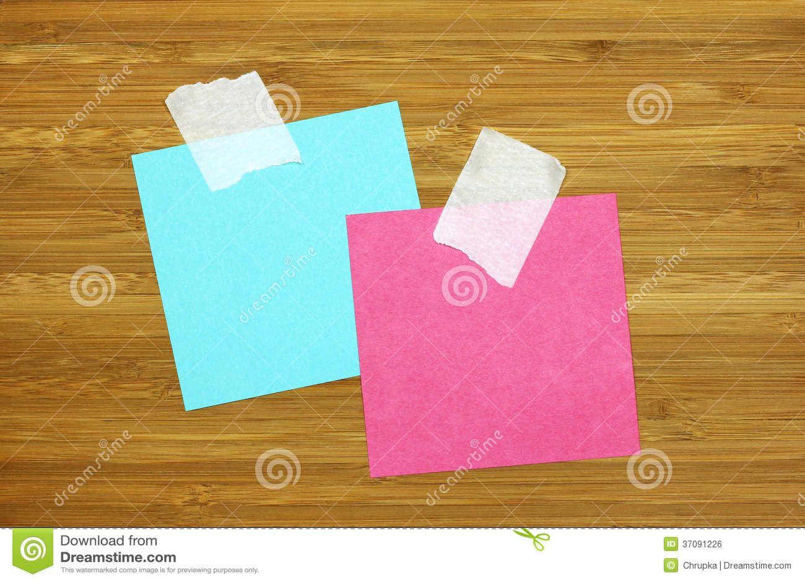 Download Dwa Kolorowa Pusta Nutowa Karta Na Drewnianej Teksturze Zdjęcie Stock - Obraz złożonej z biznes, brąz: 37091226