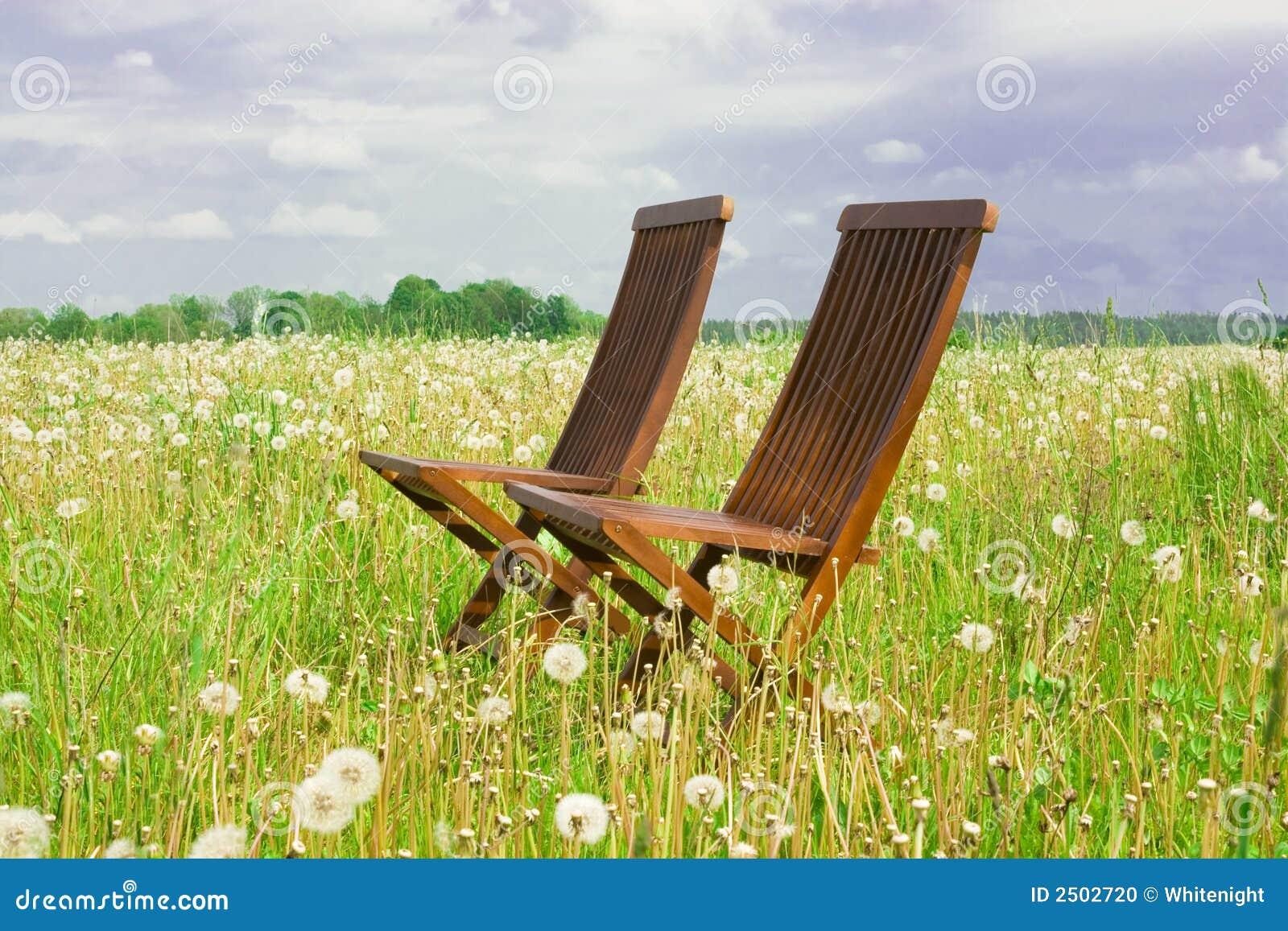Dwa krzesła
