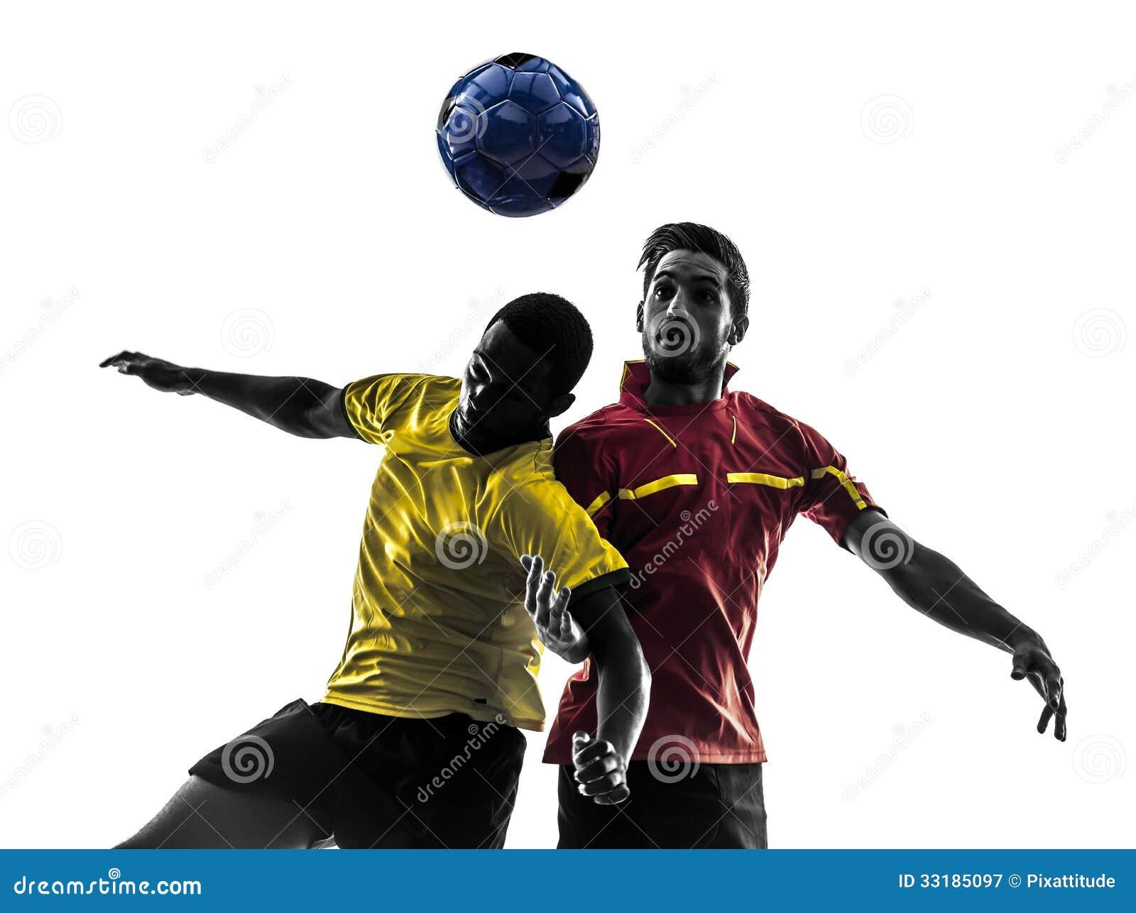 Dwa mężczyzna gracza piłki nożnej walcząca balowa sylwetka
