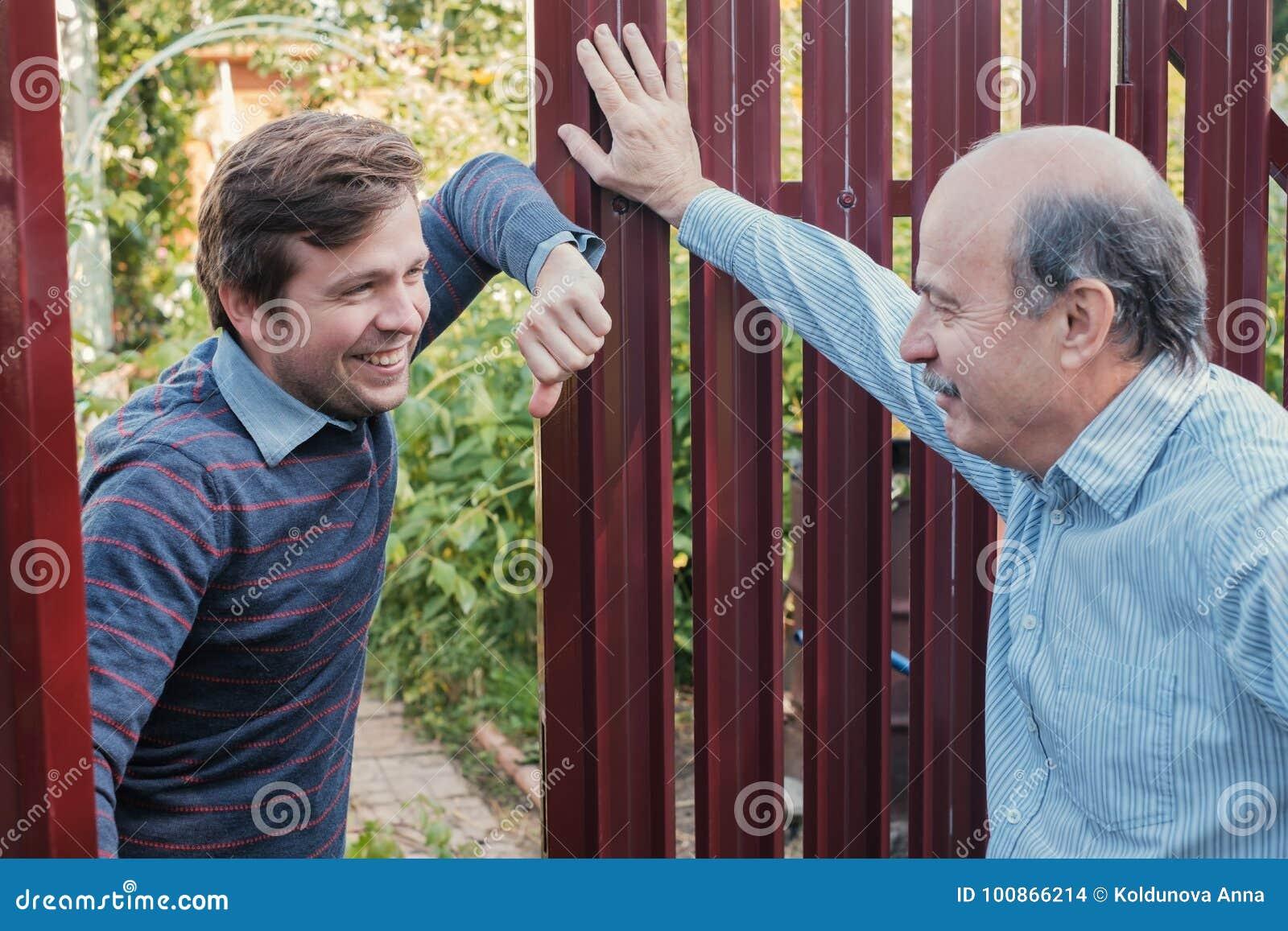 Dwa rolnika takling each inny