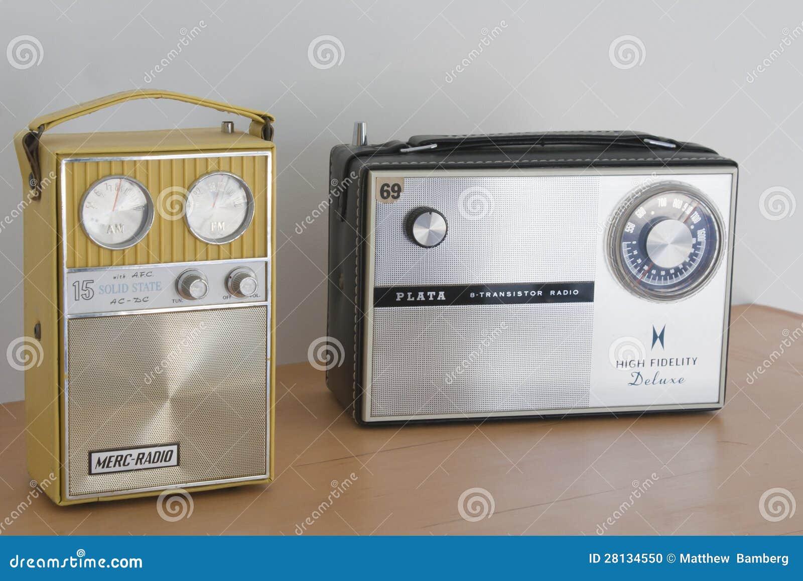 Dwa Starego Tranzystorowego radia