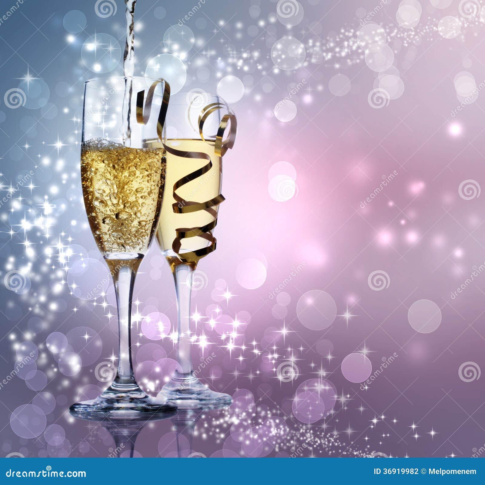 Dwa szampańskiego szkła