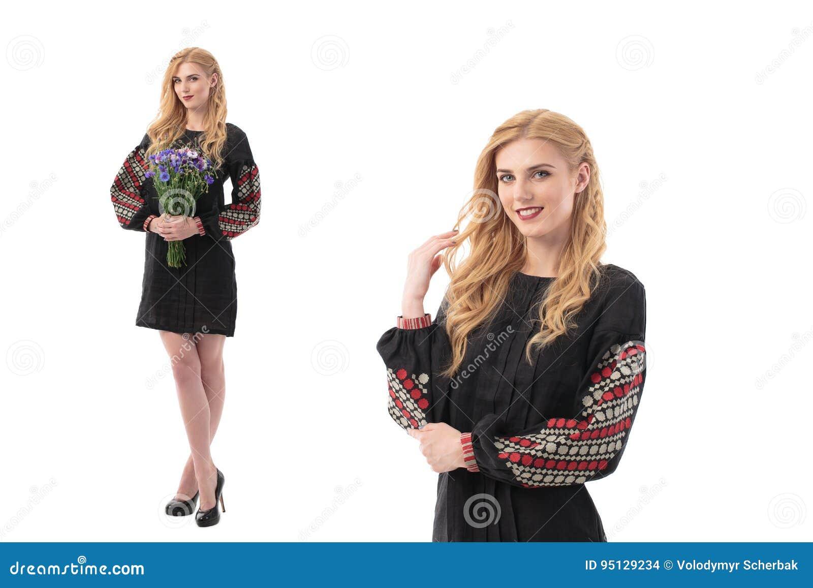 Dwoisty portret Atrakcyjna kobieta jest ubranym Ukraińską obywatel suknię odizolowywającą na białym tle