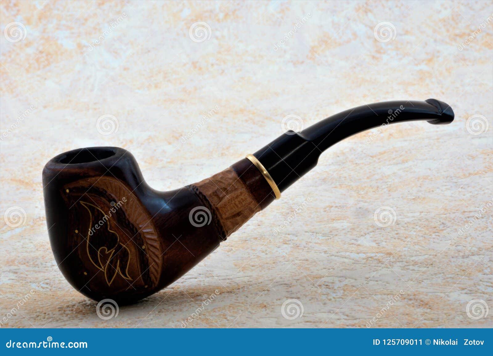 Dymienie drymby przyrząd dla Dymić szczególnie przygotowywającego i pokrojonego tytoniu