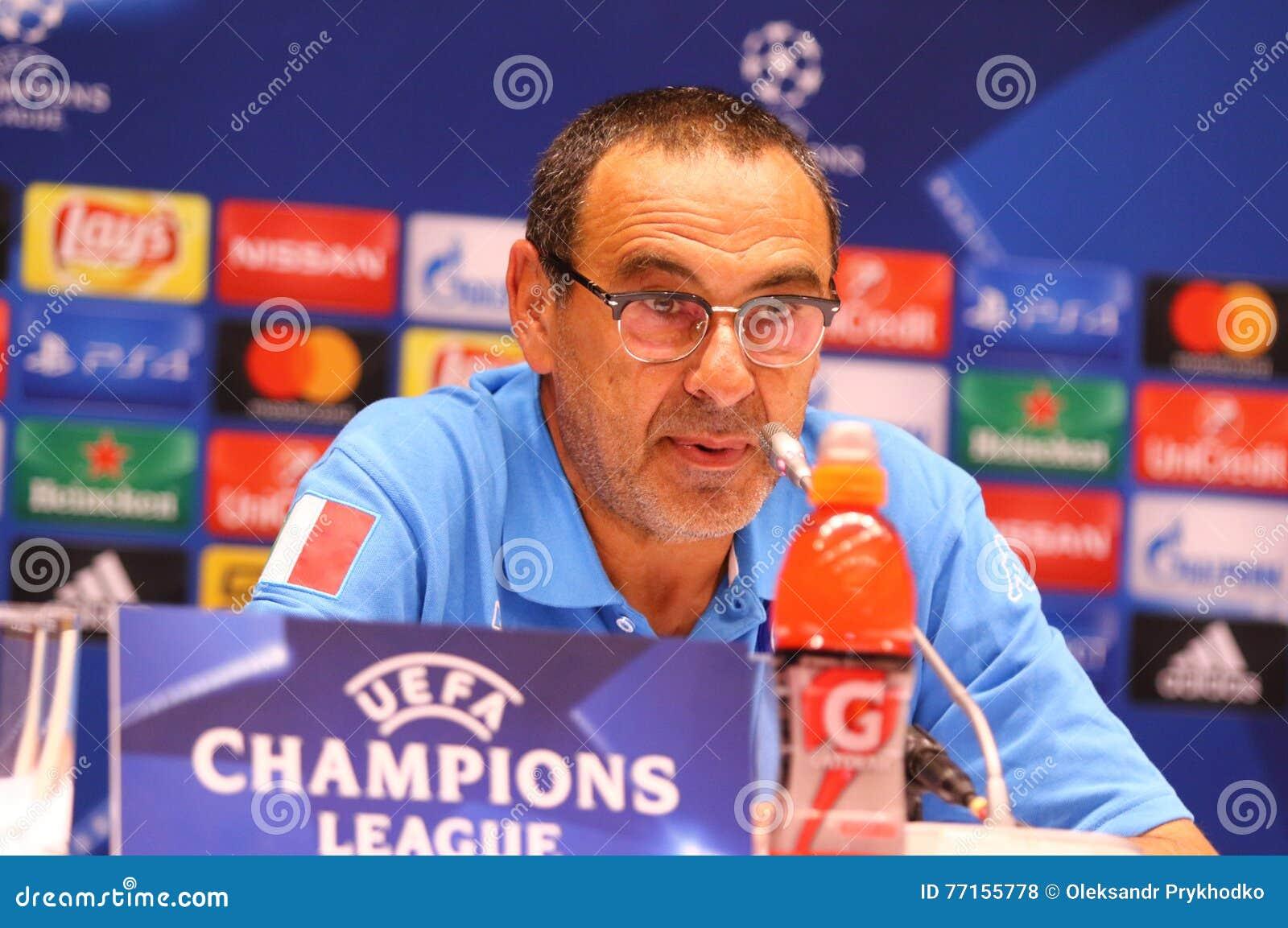 Dynamo Kyiv v Napoli de ligue de champions d UEFA : presse-conf de Pré-match