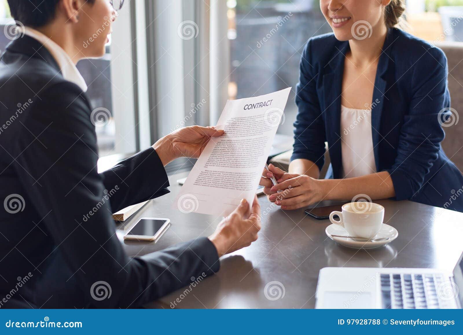 podpisuje cię z żonatym mężczyzną jak działa relatywna randka