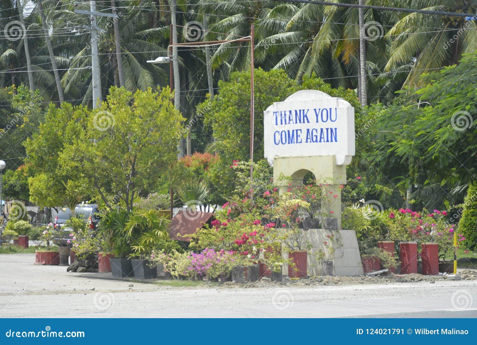 ` Dziękuje ciebie, Przychodzi Znowu ` signage lokalizującego przy granicą, Digos miasto i Hagonoy, Davao Del Sura, Filipiny