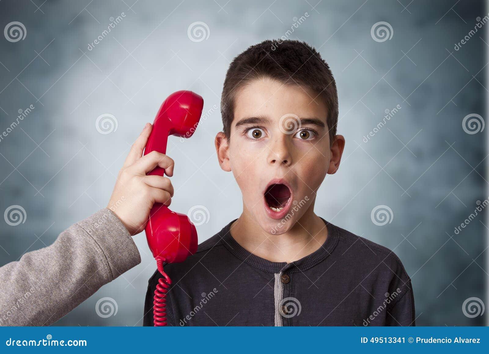 Dzieci na telefonie