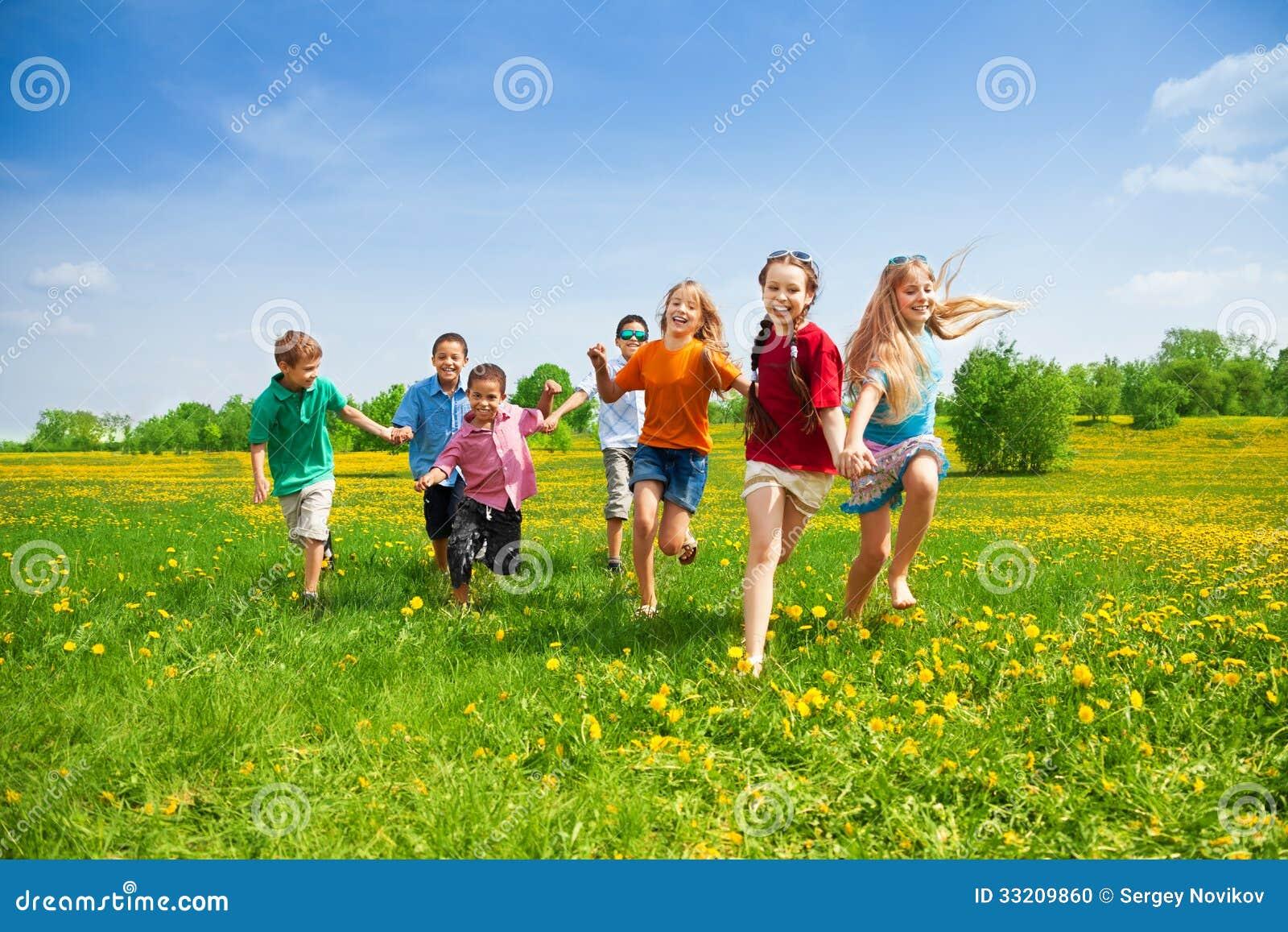 Dzieciaków ścigać się