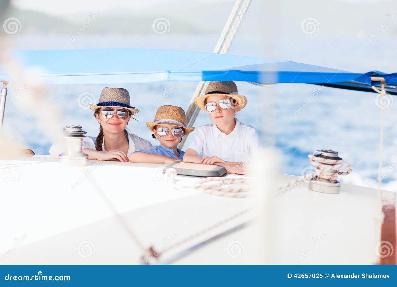 Dzieciaków luksusu matki jacht