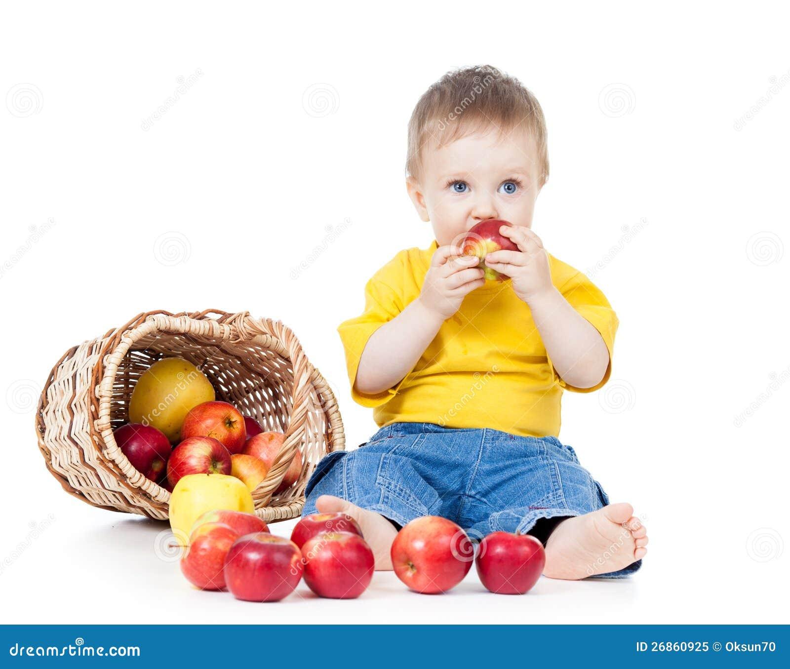 Dzieciak target388_1_ zdrowego karmowego jabłka