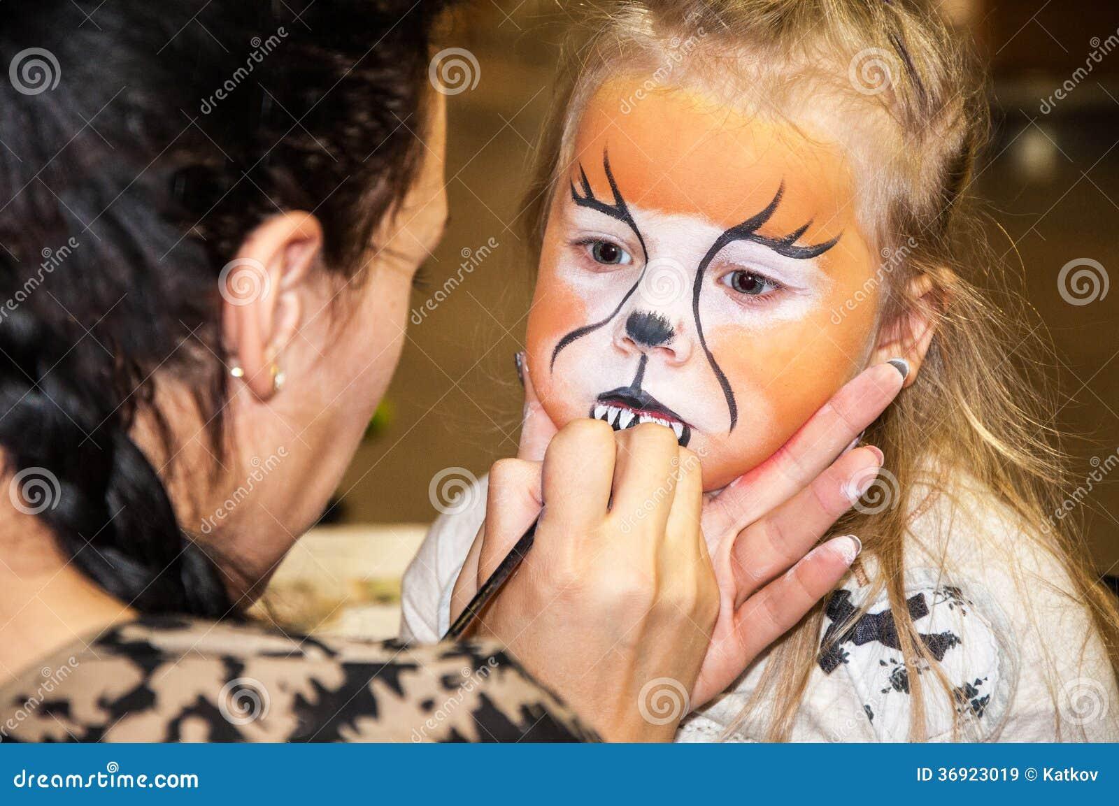 Dzieciaka makijaż
