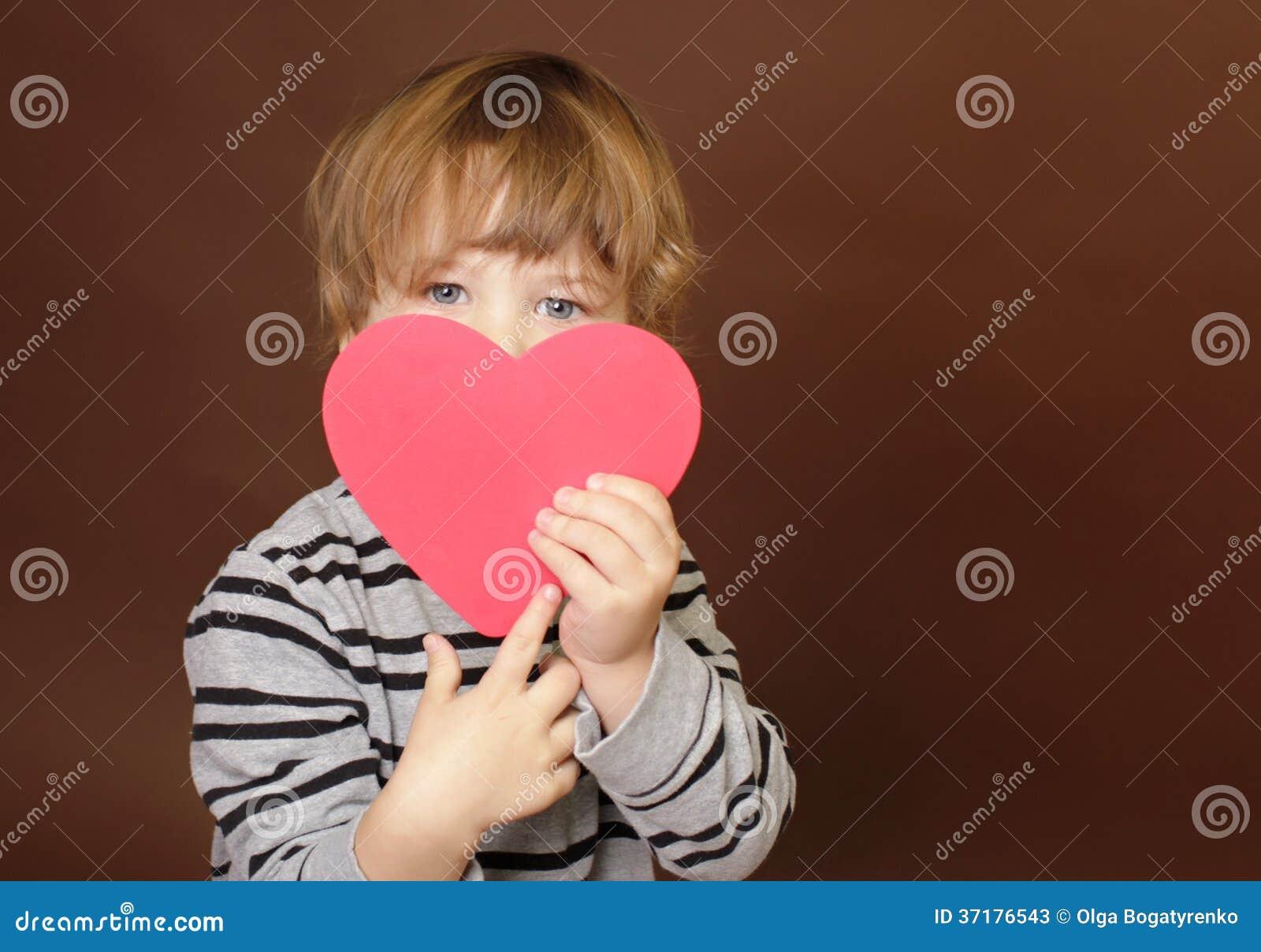 Dziecka mienia walentynki dnia serca znak